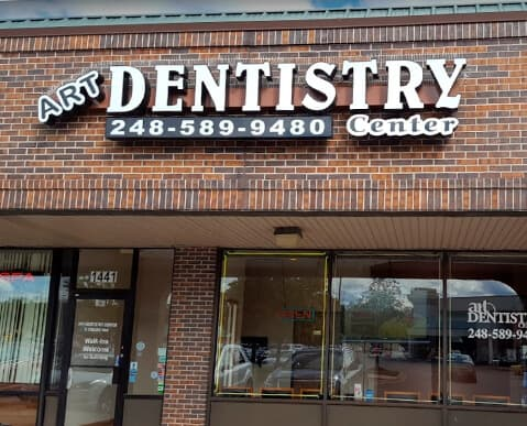 Dental office in Madison Heights